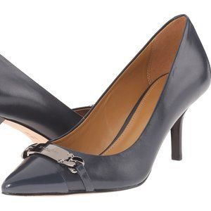 Coach Bowery classic pumps in navy leather